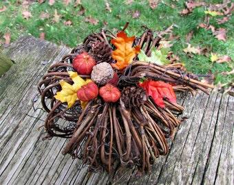 Fall Pumpkin Centerpiece, Twig Grapevine Pumpkin Decor, Pumpkin Arrangement, Thanksgiving Decor, Autumn Fall Wedding Centerpiece Decoration