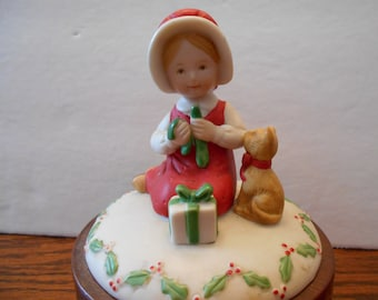 Wood and Porcelain Windup Christmas Musical with Small Child and Cat