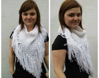 White triangular scarf with fringe, OOAK, triangle scarf, white scarf, white triangle scarf, winter scarf, fringe scarf, bandana scarf
