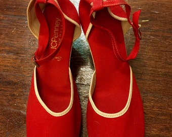 Vintage 70's Red Canvas Wedge With Rubber Heel Ankle Strap By J.C. Penny - 70's Wedge Canvas Wedge Heel Sz 8