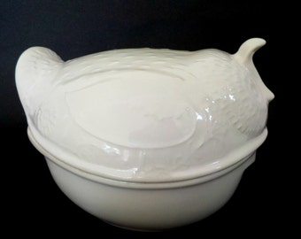 Environmental Ceramics Quail Casserole Dish, Quail Baking Dish, Creamy White Quail Casserole Serving Dish, Bakeware, Dated 1966