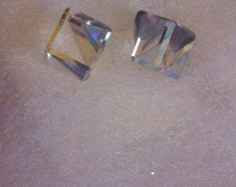 Cubed For Success Earrings