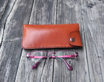 Leather eyeglass case, Handmade, hand stitched, genuine, light brown, glasses
