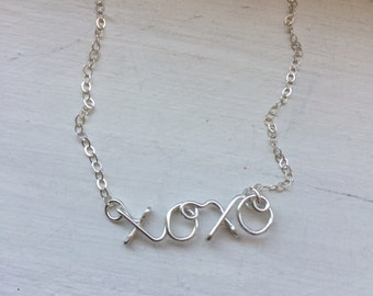 Xoxo necklace, wire jewelry, personalized jewelry, bridesmaid gift, I love you necklace