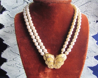 vintage AVON BUTTERFLY NECKLACE : 2 strand Faux Pearls ** gold tone with rhinestones on butterfly**Jewelry