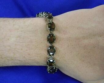 "Lovely Sterling Silver 925 Bracelet With 15 Smokey Toe Pods. 8"" Long ET 6129"
