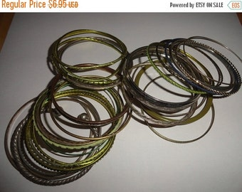 50% OFF Metal Lot of vintage bracelets Lot 12 You recieve everything in picture
