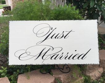 Just Married Getaway Car Sign   Wedding Limo Sign   Wedding Photo Prop   Carriage Sign   Wedding Cart   Castle Inn Designs