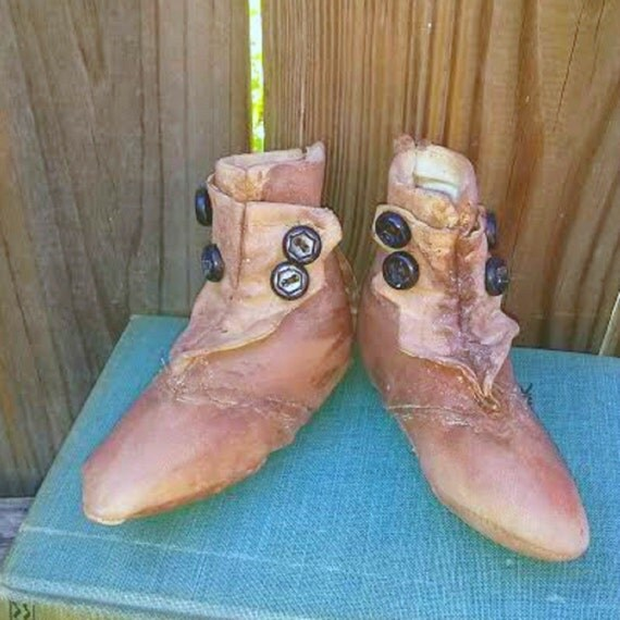 Primitive Baby Shoes-Antique Baby Shoes-Photo Prop Baby Shoes