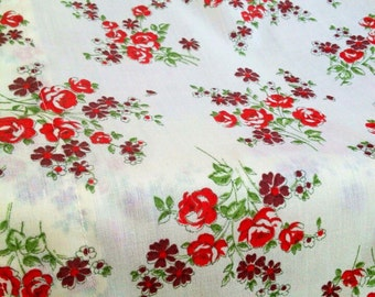 1950s vintage valence. Swedish  Cotton fabric. Lovely floral pattern