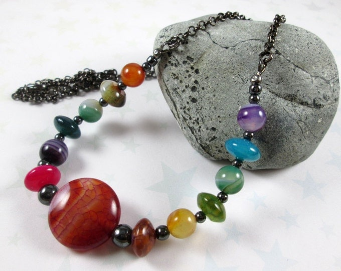 Agate Gradient Necklace - Rainbow - Red Focal