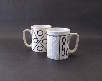 Pair Graphic Black + White Gloss Glaze / Matte Stoneware Mugs - Japan 1980s