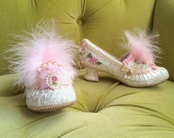 Girl's Marie Antoinette Antique Style Lace Parisian French Gold Ivory & Pink Heels Feather Floral Pumps Flower Custom Princess Costume Shoes
