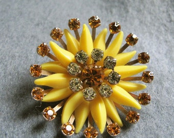 Vintage Brooch, Daisy Wheel of Celluloid and Crystals,