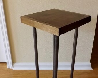 Small Wood/Metal End Table