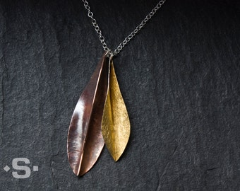 Leaf - pendant in gold 999, silver and copper. Hand made