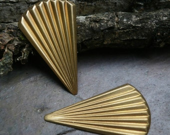 Raw Brass Stamping Small Fan Flare Focal Pair