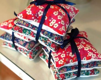 Liberty Lavender Bag Bundles / Lavender Sachets Present for Her British Handmade Stocking Filler Christmas Gift