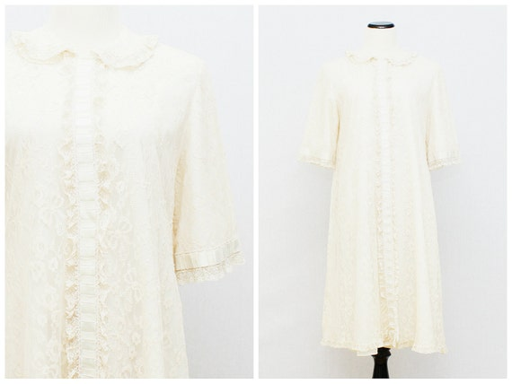 50s Lace Robe - Cream Lace Coat - Vintage 1950s Bonwit Teller Lace Button Down Jacket by Odette Barsa