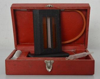 Haemoglobinometer 1940s - Old medical instruments