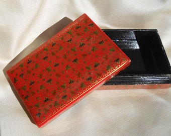 Red Box - Lacquer