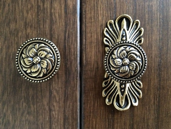 kitchen cabinet door knobs handles pull ornate back plate decorative