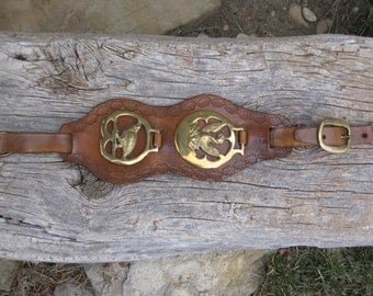 Vintage Brown Leather Tooled Strap With 2 Gold Horse Brass/ Phoenix Dragon/ Quail Decor/ Horse Brass/ Leather Tooled Strap/ Horse Tack