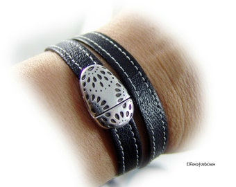 Womens leather wrap bracelet black silver  - oval magnetic clasp Zamac -  womens bracelet - high quality - gift women mother sister wife