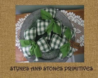 Primitive St. Patrick's Day Shamrock Bowl Fillers/Ornies/Tucks Pattern