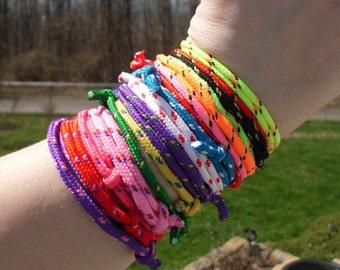 Vintage 90's neon color woven rope adjustable size bracelets/friendship bracelets/90's kid/neon colors/bff bracelets/Army/Camo/Halloween