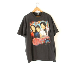 XLARGE Vintage 1996 Monkees Hey, Hey! Here We Come! World Tour 30th Anniversary Tour 1996-1996 Graphic T-Shirt