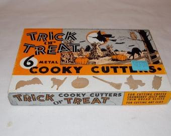 Vintage Halloween Cookie Cutters in Box