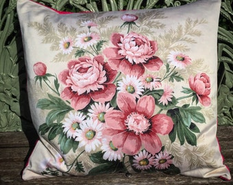 A beautiful vintage fabric Sanderson scatter cushion cover