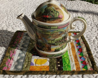 Quilted Mug Rug, Selvage Mug Rug, Beverage Mat, Snack Mat, Multi-color, Approx. 7.75 x 9.75 inches, Home or Office. Great Gift!