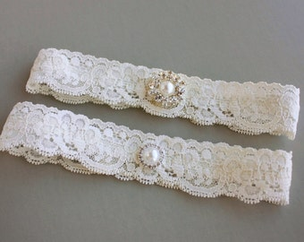 "Lace Wedding Garter Set, Bridal Garter Set, Simple Garter Set, Toss Garter, Garters, Pearls & Crystals - Ivory White or Off-white - ""Blythe"""