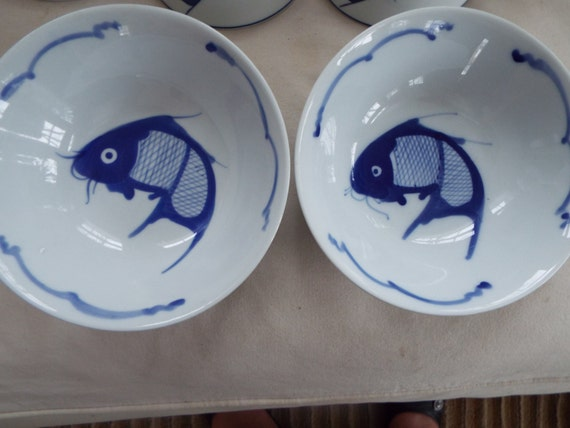 2 chinese blue white koi rice fish bowls jingdezhen for Restaurants with fish bowl drinks near me