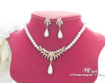 GOLD Wedding jewelry set, Pearl bridal necklace set, Pearl jewelry set, Bridesmaid set, Bridesmaid jewelry, Bridal jewelry S0141G