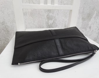 Leather Clutch Wristlet/Leather Zipper Pouch/Black Leather Clutch/Sample Sale/Ready to ship
