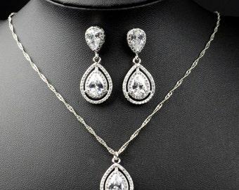 Personalized Bridesmaid Gift, Bridesmaid Earrings Bracelet Set, Crystal Wedding Jewelry Gift Set, Bridal Studs and Bracelet Set
