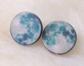 Full Moon Stud Earrings, Boho, Bohemian Jewelry, Earthy, Minimalist, Galaxy, Summer, Moon child, Wanderlust, Moon Jewelry