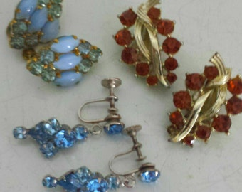 Lot of three 50s rhinestone earrings
