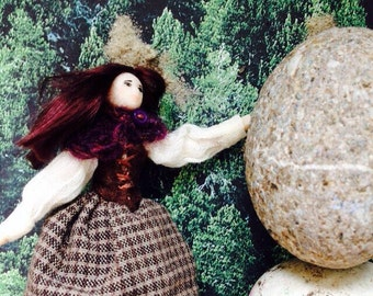 Sassenach Claire Beauchamp Randall Fraser ftom The Outlander tiny scale in real hand knit snood Ship Today