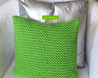 CHUNKY KNIT PILLOW apple green