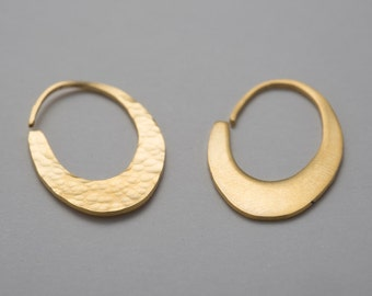 Rings earrings silver goldplated 24 k. oval oval gold. Outstanding ethnic gilded gold.