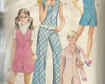 Simplicity  8854   Young Junior/Teens Pantshorts or Pant Jumper   Size 9/10  C1970