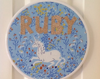 Personalised embroidered wall hanging. Custom made embroidery hoop art. Child name in glitter fabric.
