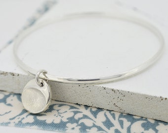 Silver Fingerprint Disc Charm Bangle | Fingerprint Jewellery | Free UK Delivery | Hold upon Heart