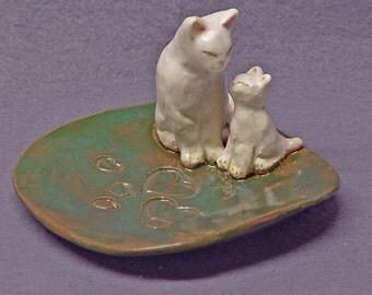 Handmade Ceramic Dish with Two Cats - Trinket Holder, Ring Holder, Jewelry Holder, Wedding Gift,  Anniversary Gift, Ceramic Art, Jade Green