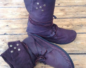 Leather & studs mocassins boots