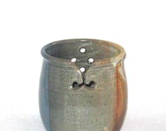 Large Yarn Bowl, Knitting Bowl,  Attractive Overlapping  Glaze, Ceramic Yarn Bowl, Ceramic Knitting Bowl, Yarn Holder, Pottery Yarn Bowl